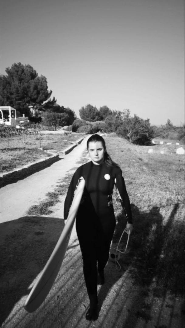 Confinement : les surfeurs au bord de l'implosion